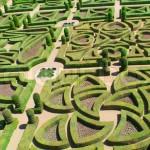 градина с топиарни форми